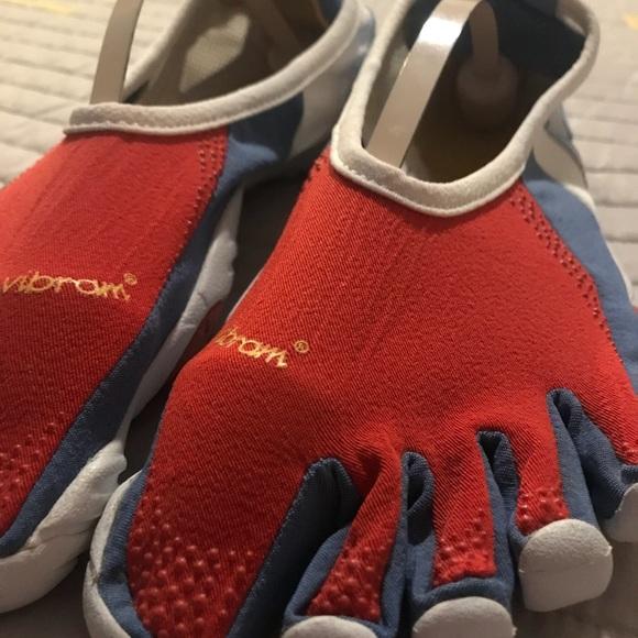 quality design 516be 72f57 Women s Vibram Fivefingers W163 JAYA Yoga Barefoot. Vibram.  M 5b4d807f4ab633602f80a797. M 5b4d8080035cf1fc4b87798a.  M 5b4d8081534ef97ff5999299